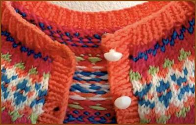 photo showing stitches that were picked up and knit into a neck band