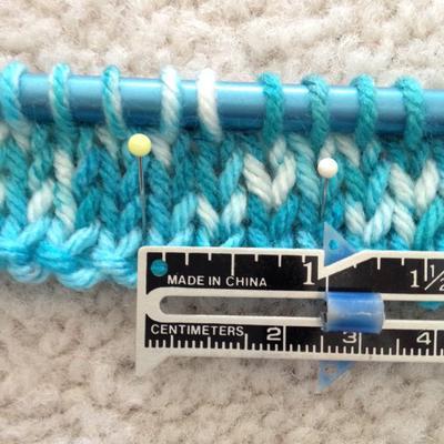 measuring yarn gauge